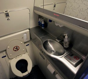airplane-bathroom-300x270